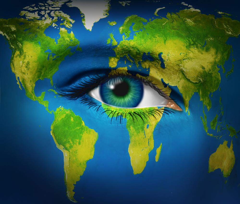 природа в виде глаза планеты