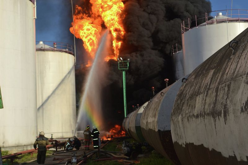 Тушение нефтехранилищ