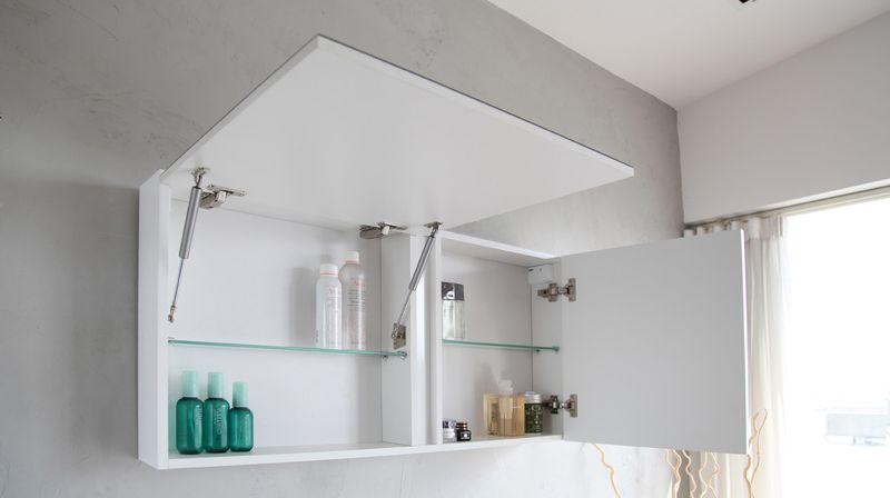 Доводчики дверей и шкафов в ванной комнате