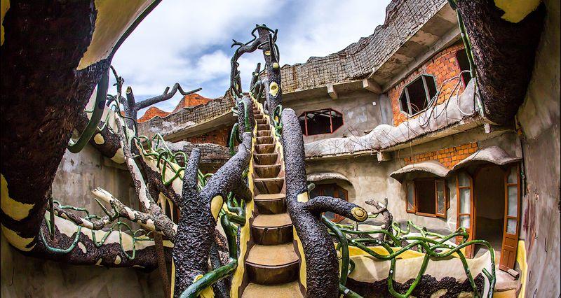 Безумный дом во Вьетнаме