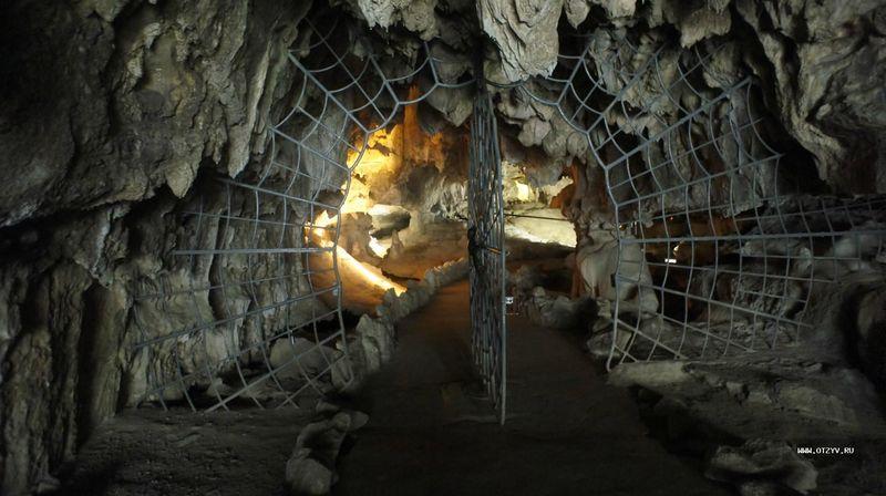 Пещеры в Национальном Парке Секвойя