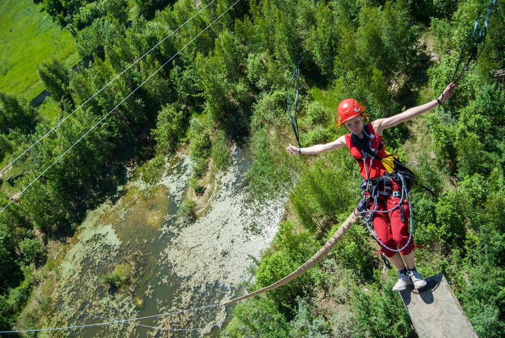 прыжок с высоты вызывает адреналин