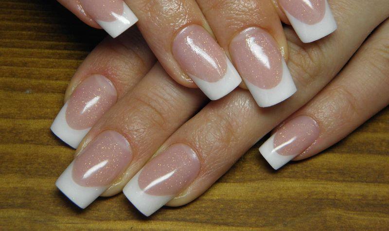 Укрепление биогелем ногтей