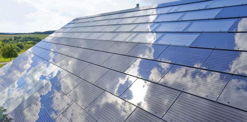 Черепица со втроенными солнечными батареями