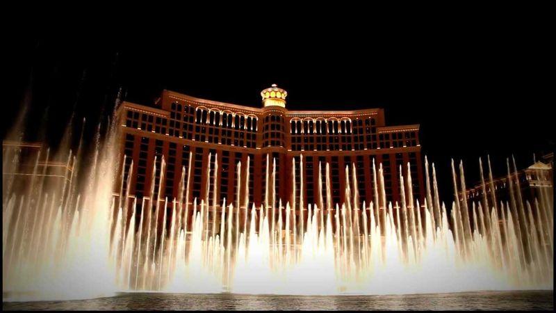 Танцующий фонтан в Лас-Вегасе