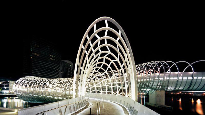 Webb Bridge – змеевидный мост