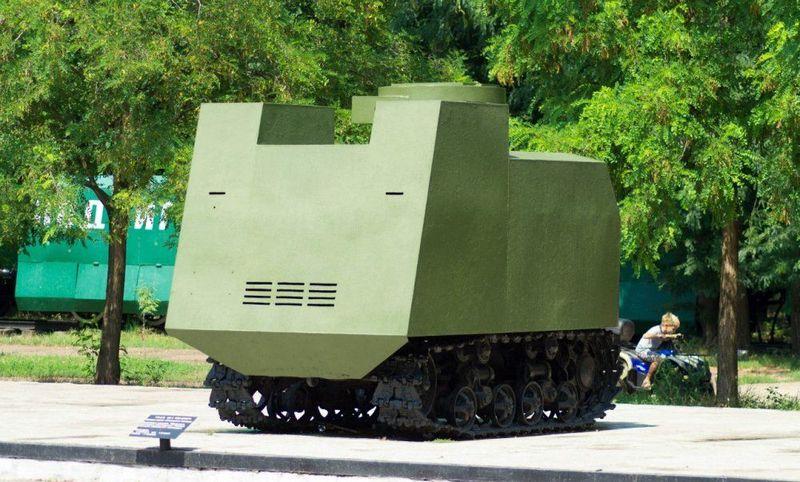 Бутафорский танк