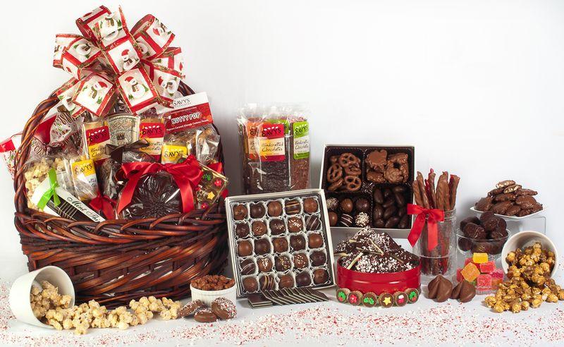 Корзина с шоколадом