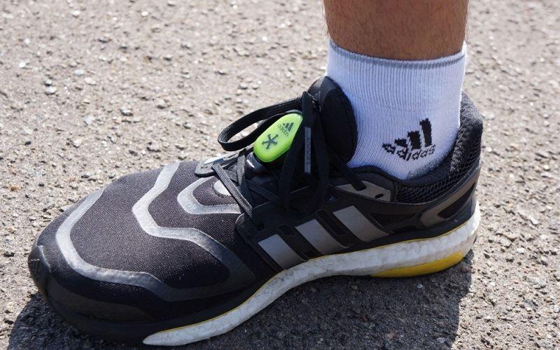 Кроссовки с чипами Adidas MiCoach