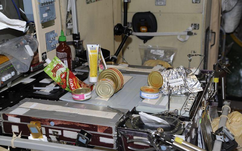 Использование липучек на космическом корабле