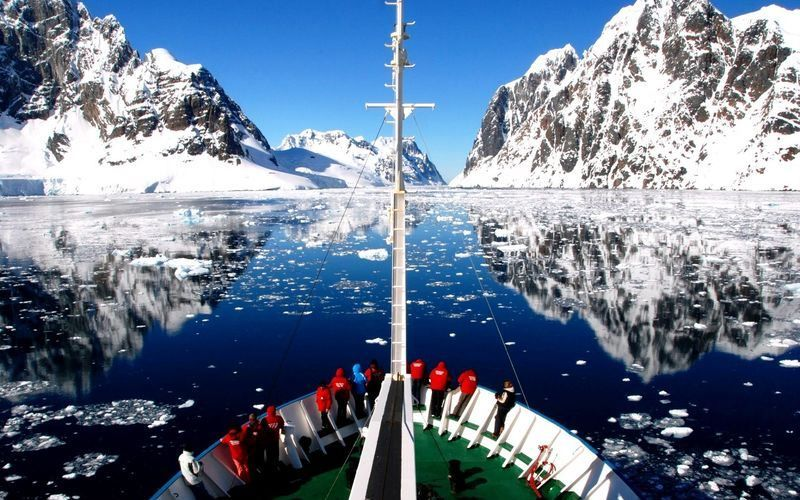 Антарктида. Пролив Лемера