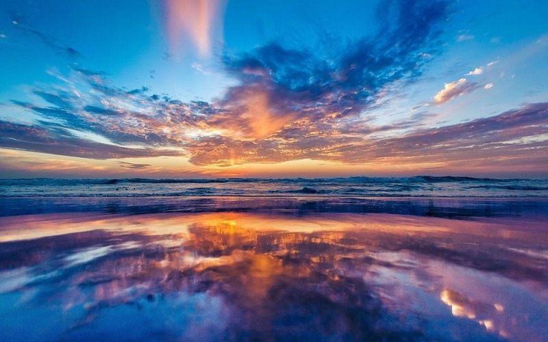 Какими бывают цветные облака