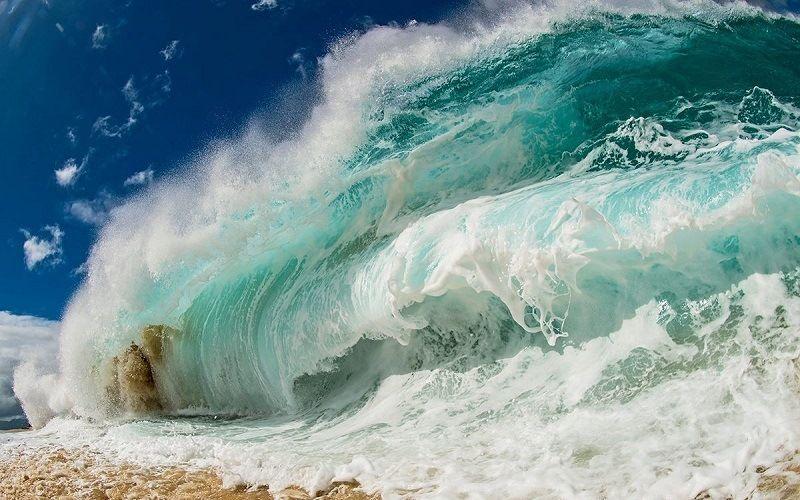 Морские гигантские волны