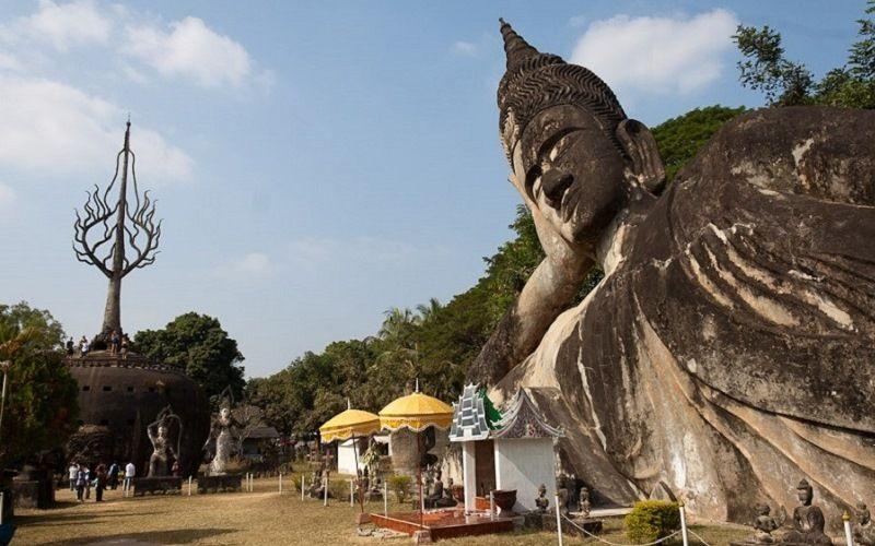 Парк 200 Будд