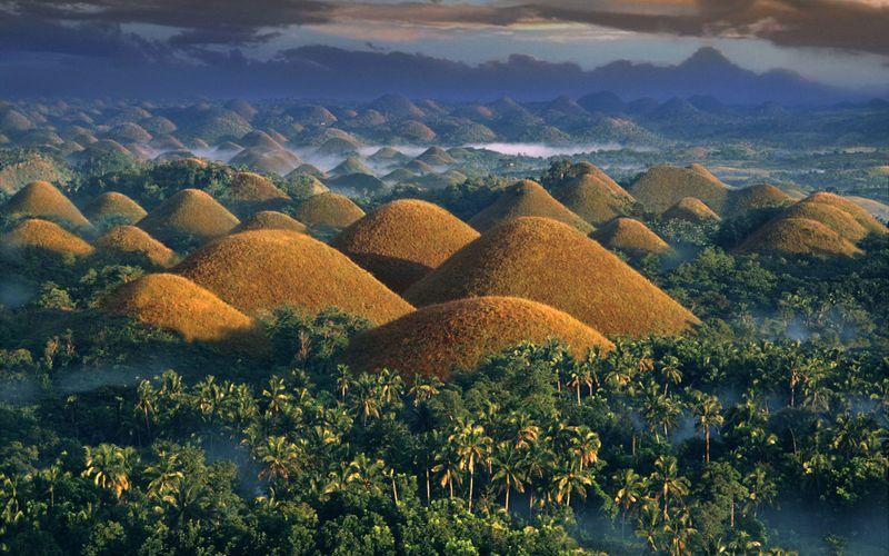 Шоколадные холмы Бохоль