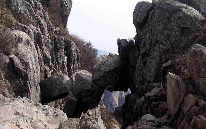 Бессмертный мост в горах Таи