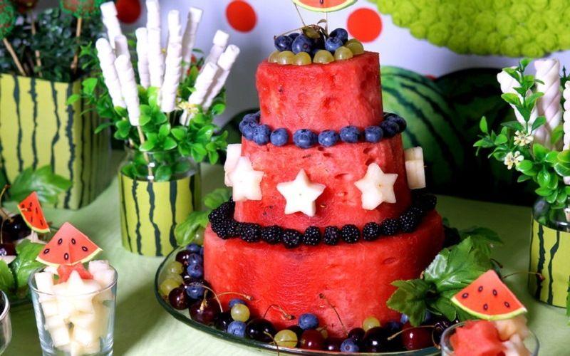 Фруктовый арбузный торт