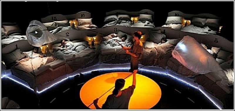 Шоу «Колыбельная» в Лондонском театре «Barbican»