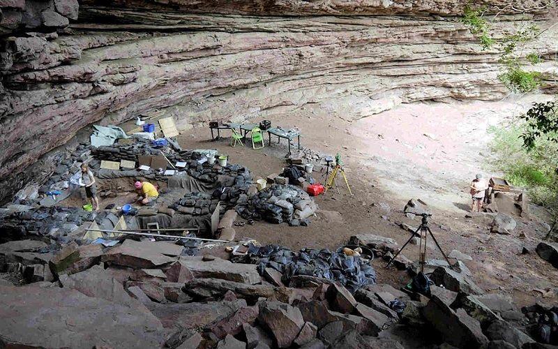 Раскопки в пещере Сибуду