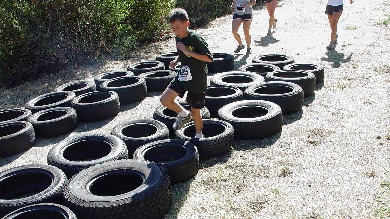Спортивный бег по шинам