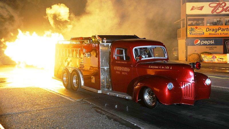 Самый быстрый грузовик для тушения пожаров