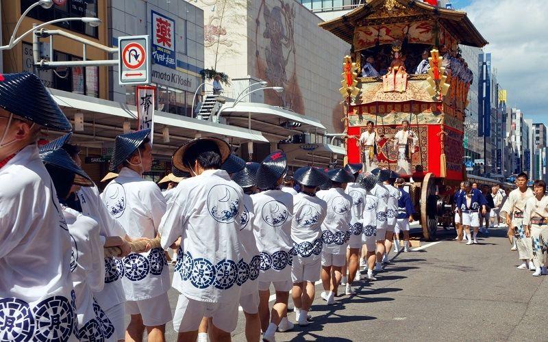 Необычные японские праздники