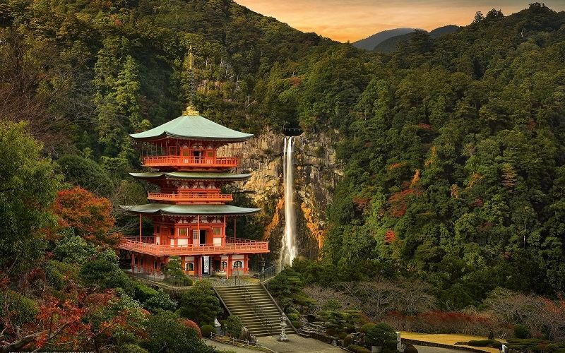 буддийский храм Натисан Сэйганто-дзи