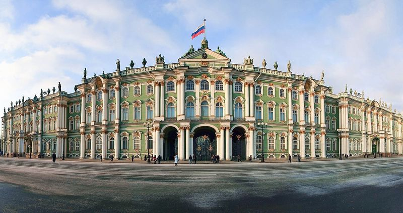 Эрмитаж - самый большой музей