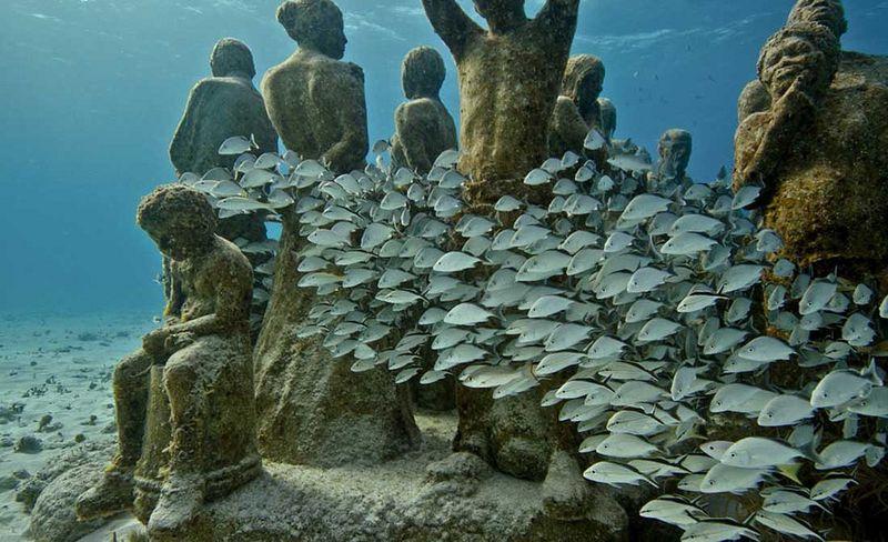 Подводная скульптура