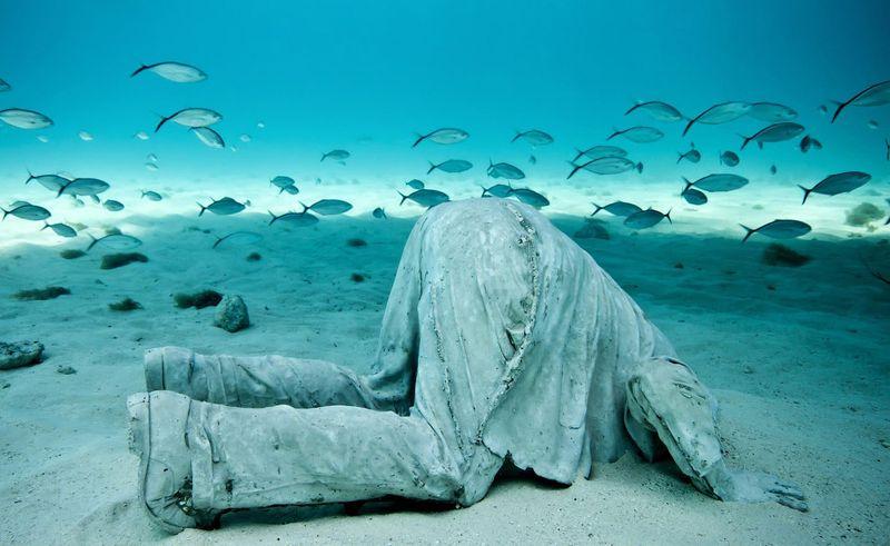 Памятники на морском дне