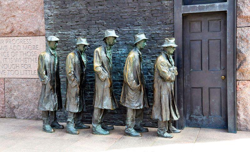 Памятник очереди в Вашингтоне