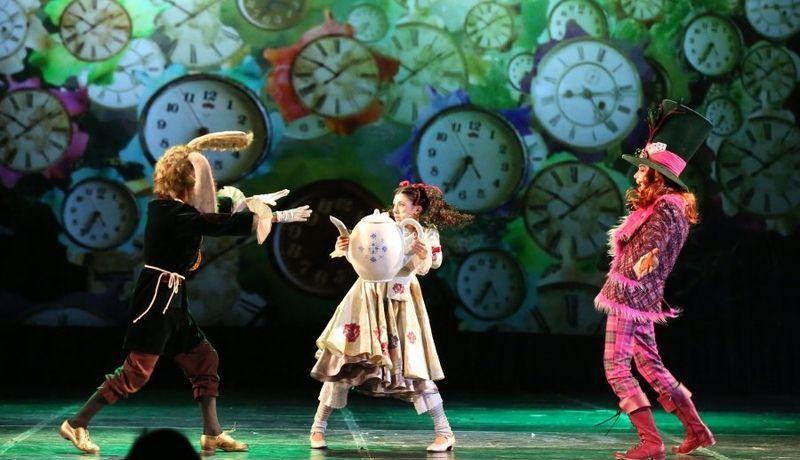 «Алиса в стране Чудес» театра «Санкт-Петербург Опера»