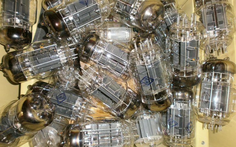 Электронные вакуумные лампы