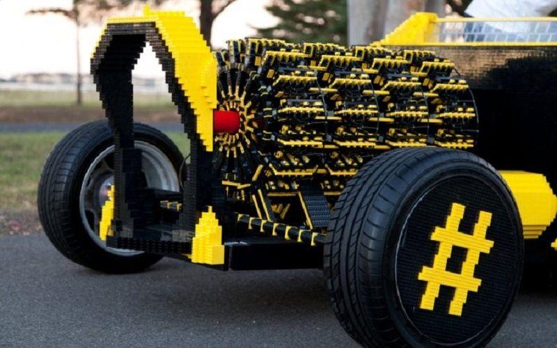 Лего-машина, создатели: Стив Саммартино, Райль Оайд