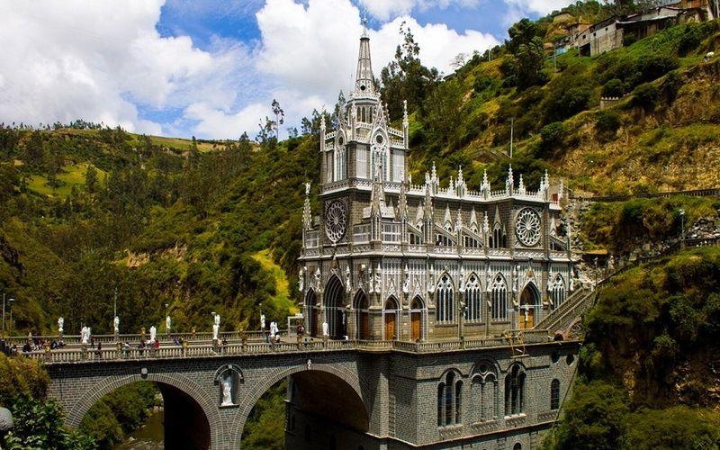 Храм Лас-Лахас в Колумбии