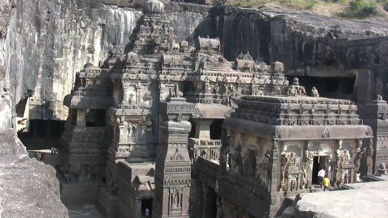 Пещерный храм Кайлаш, Индия
