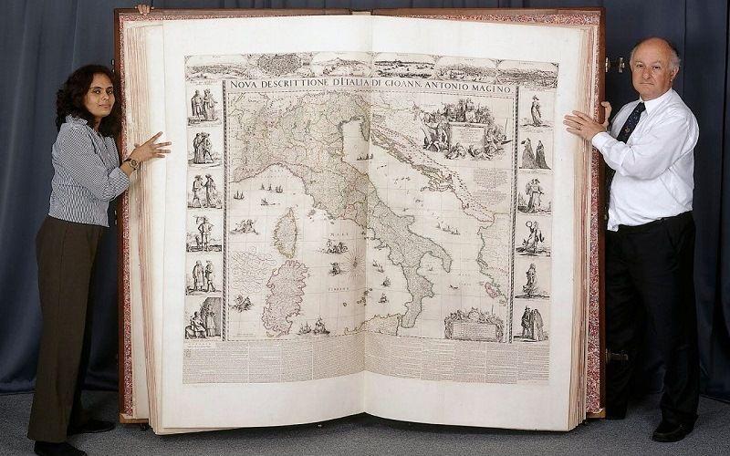 Географический атлас Кленке – самая тяжелая книга