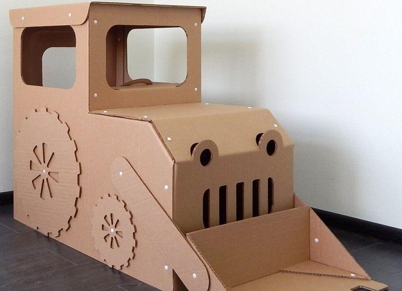 Трактор из картона