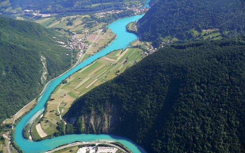 Бирюзовая река Соча