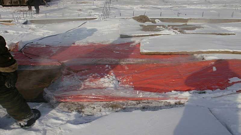 Инфракрасный периферийный обогрев бетона
