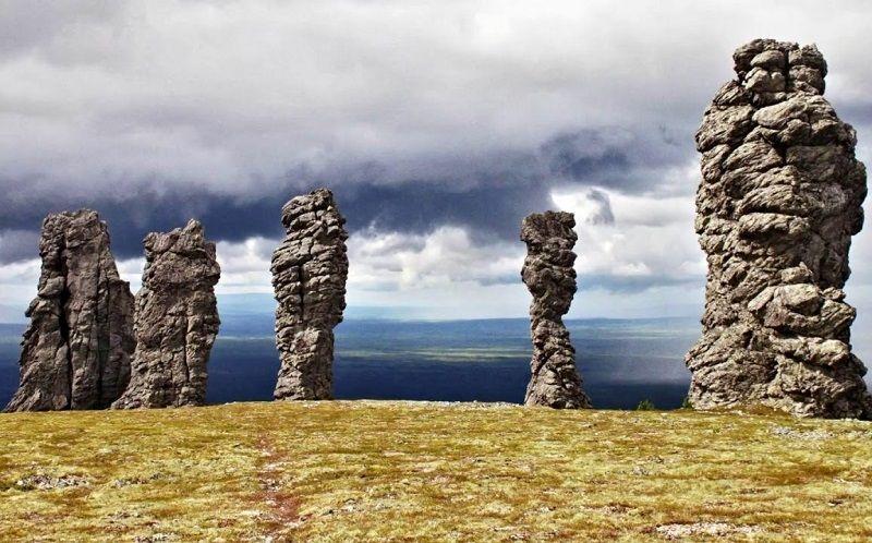 Мань-Пупу-Нёр – гора каменных идолов