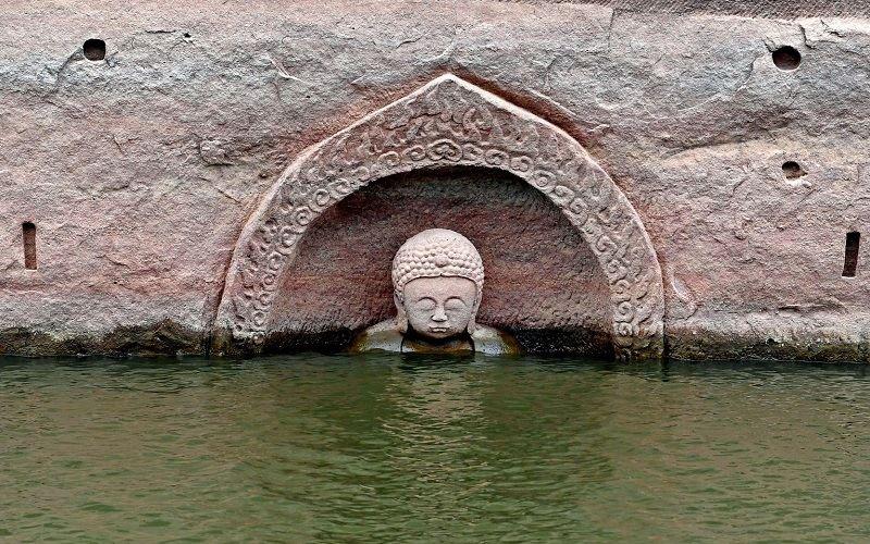 Статуэтка Будды в Цзяньси