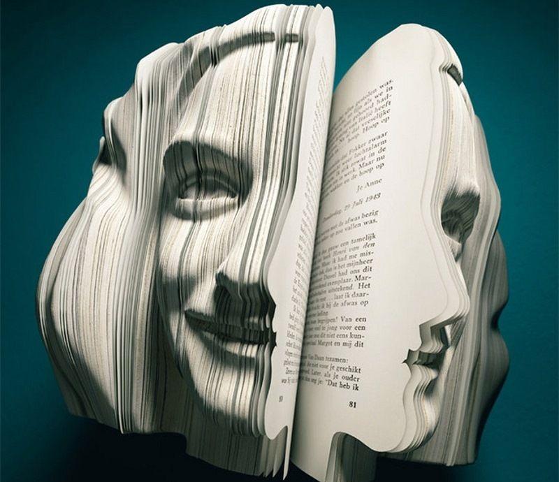 Книжные биографии в форме лиц