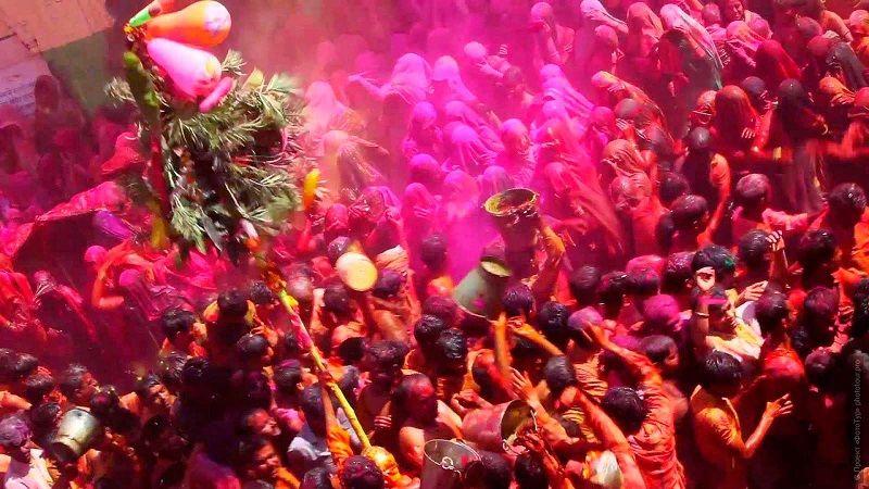 Индийский праздник Холи