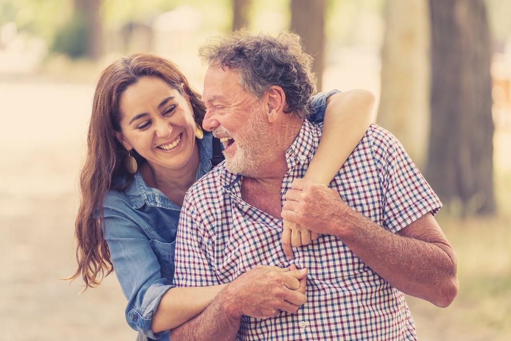 папа и взрослая дочь