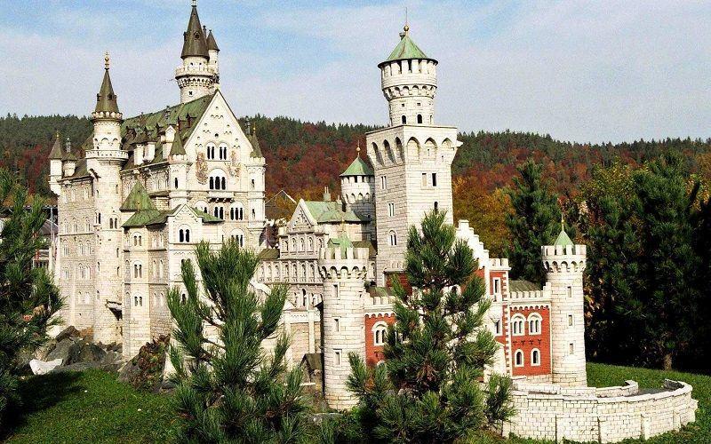 Самые необычные замки мира