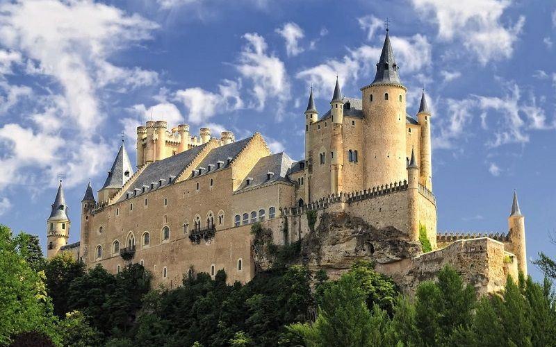 Замок Алькасар в Сеговии, Испания