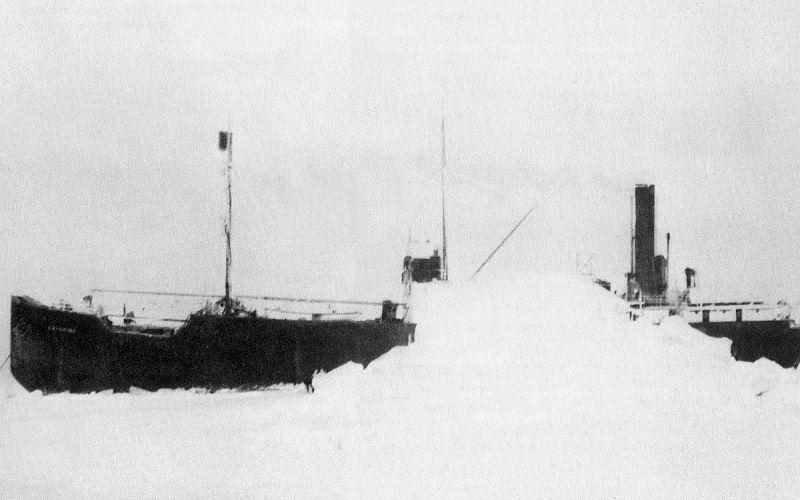 «Baychimo», застрявший во льдах