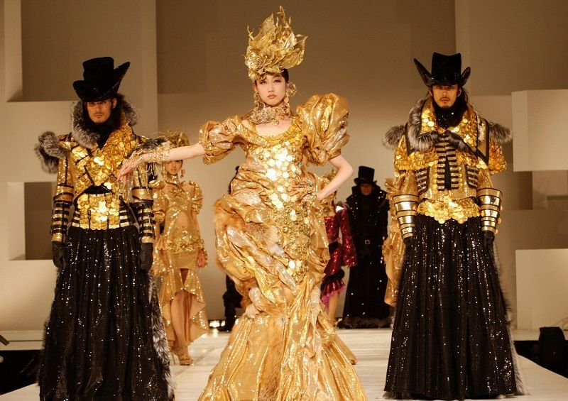 Gold dress by the Japanese jeweler Ginza Tanaka.