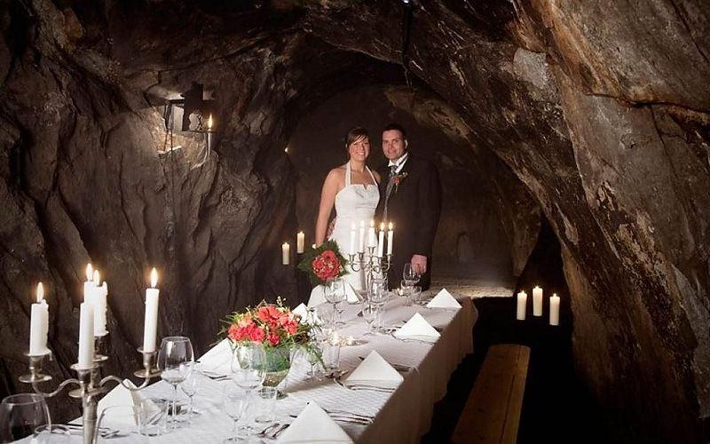 Свадьба в пещере